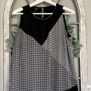 Alfani black and white sleeveless blouse